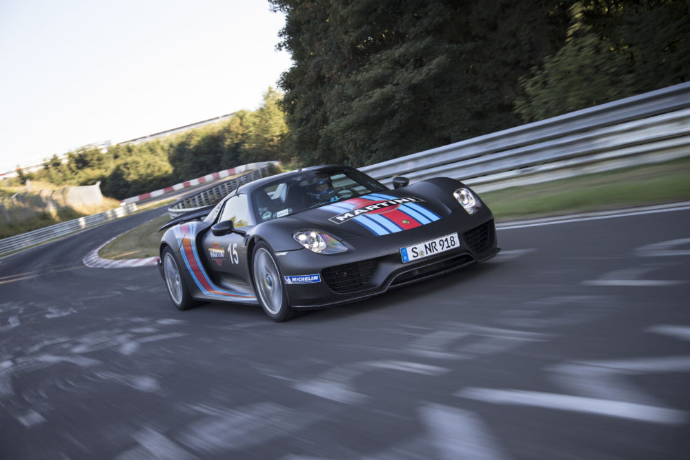 porsche 918 spyder is back at the n rburgring facts and fan theories page 2. Black Bedroom Furniture Sets. Home Design Ideas