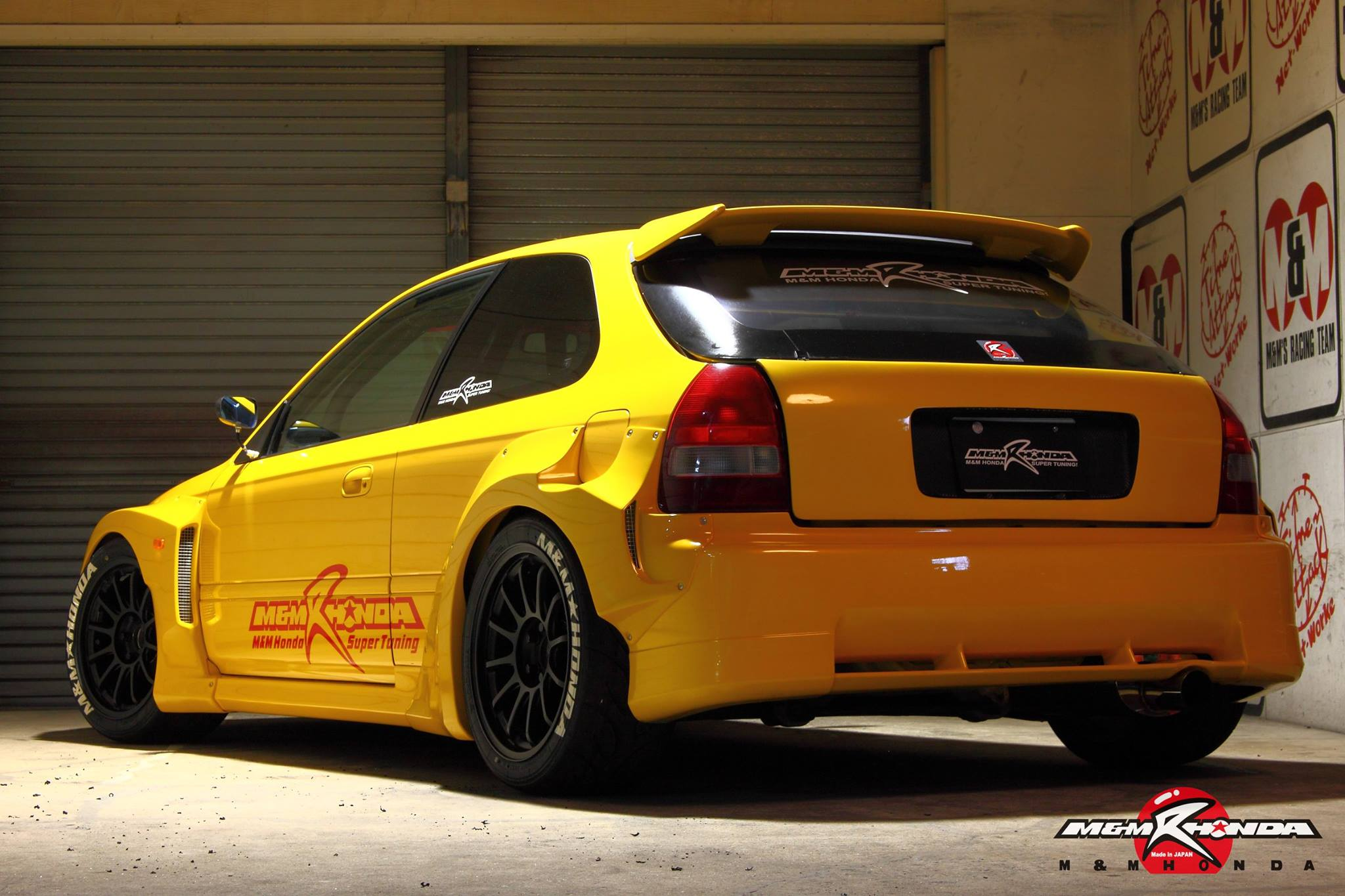 This wide body honda civic type r by m m honda racing is for Honda civic ek9