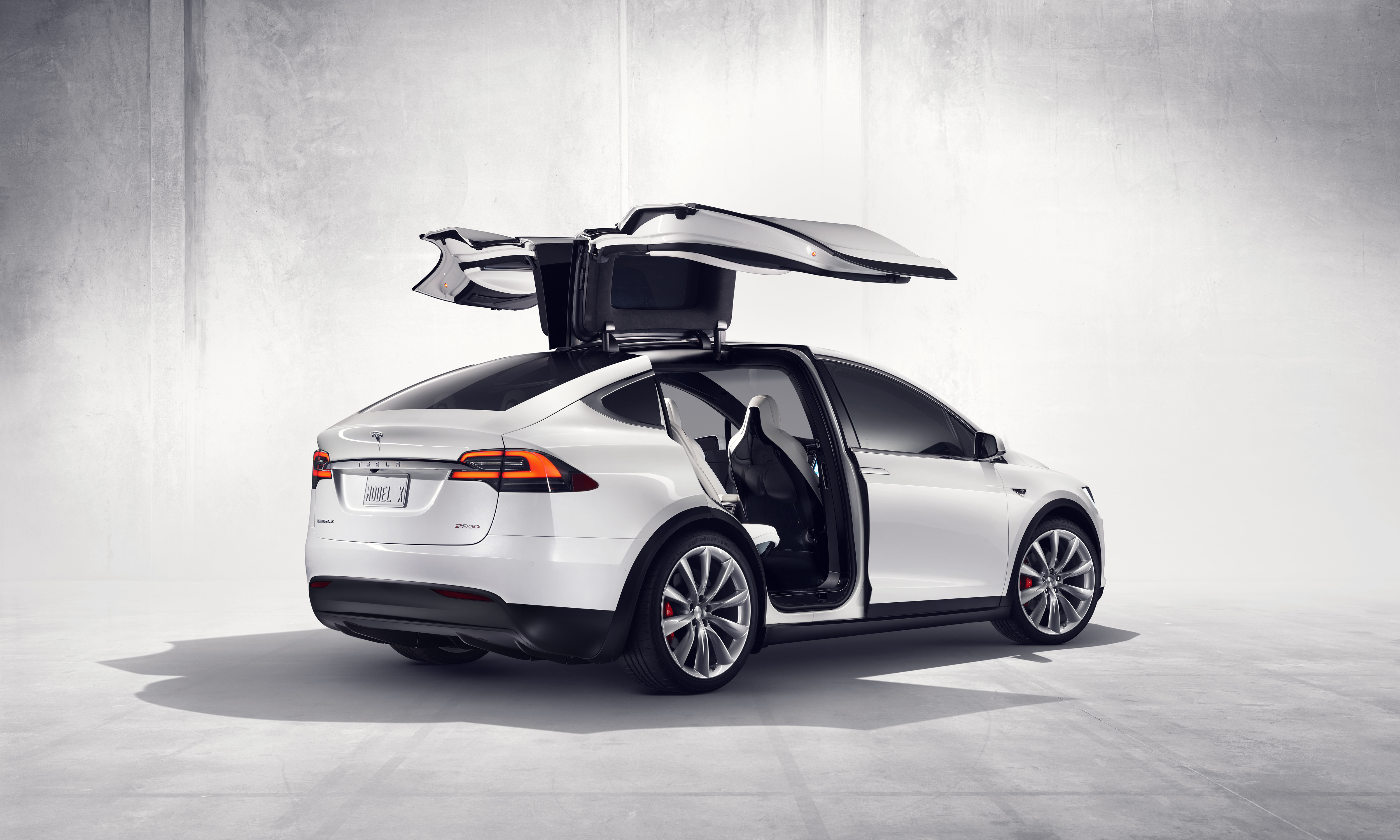 Tesla Model X Pricing Starts At $80,000