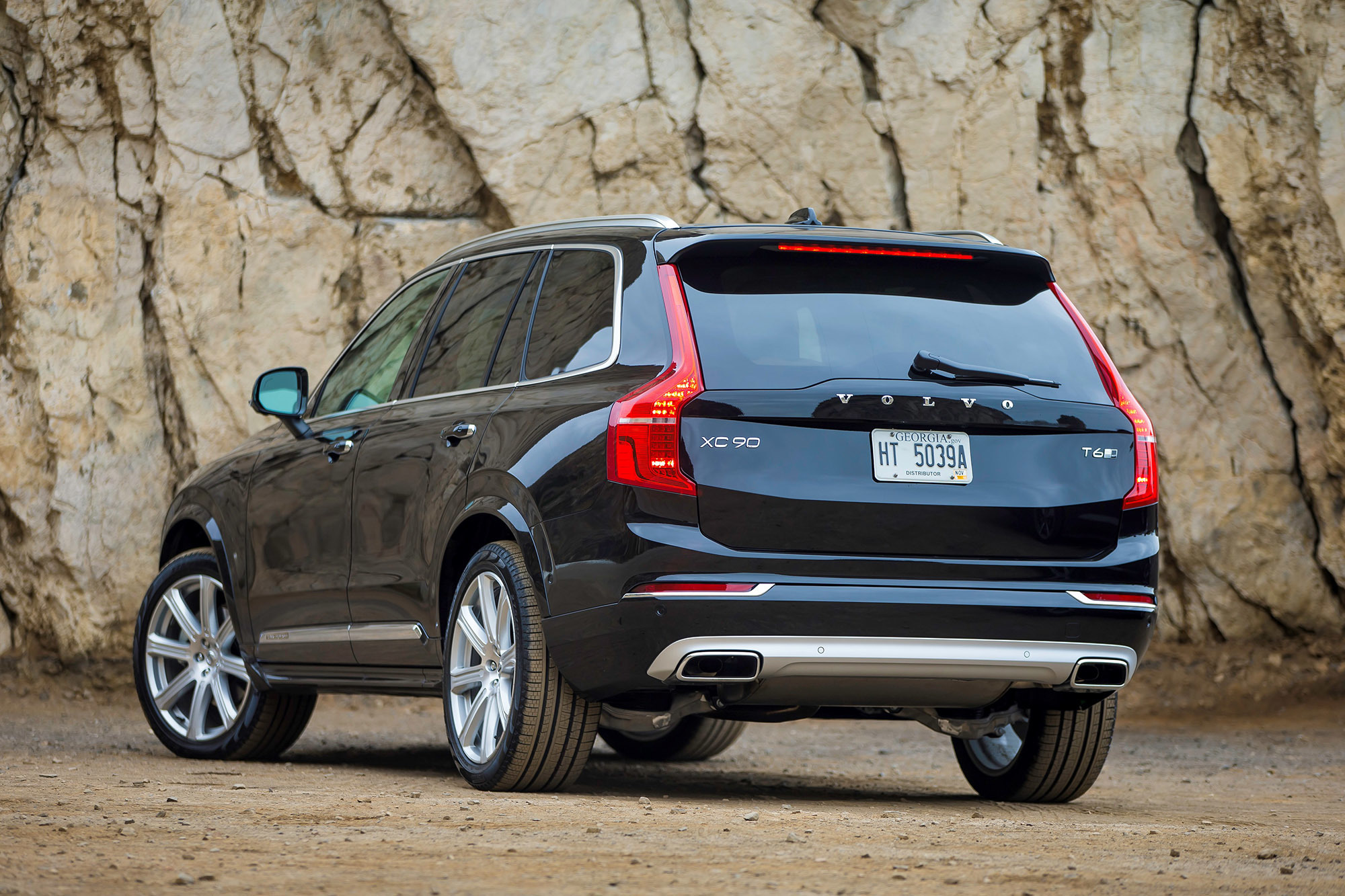 Volvo Wins Motor Trend Suv Of The Year