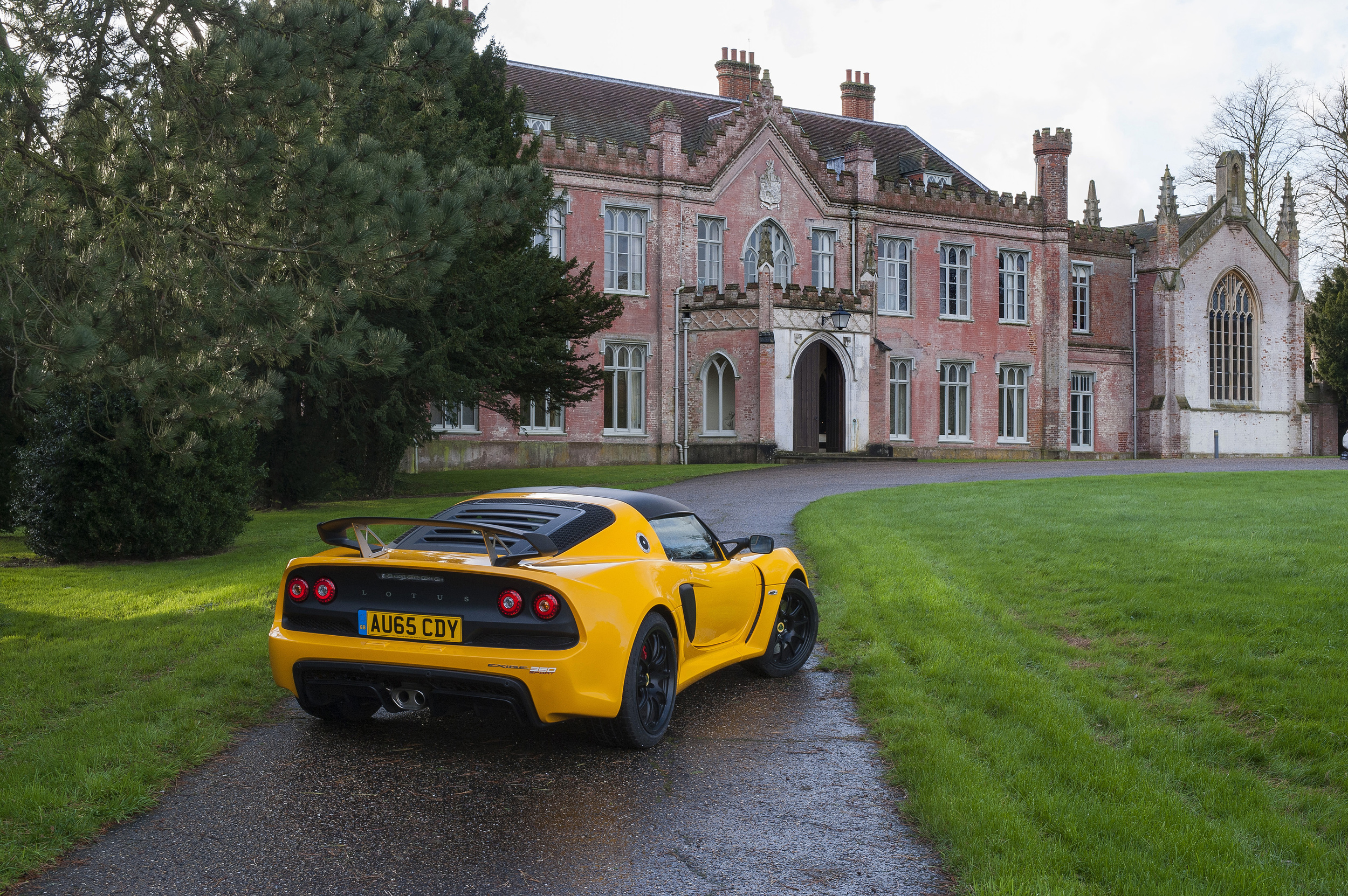 https://artofgears.com/wp-content/blogs.dir/346/files/2015/12/2015.12.9-Lotus-Exige-Sport-350-8.jpg