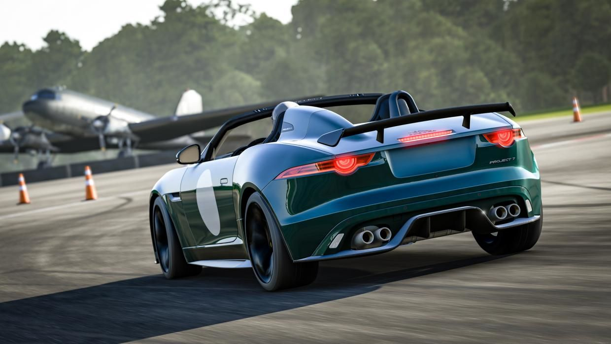 2017 Jaguar F Type Project 7 (Photo Turn 10)