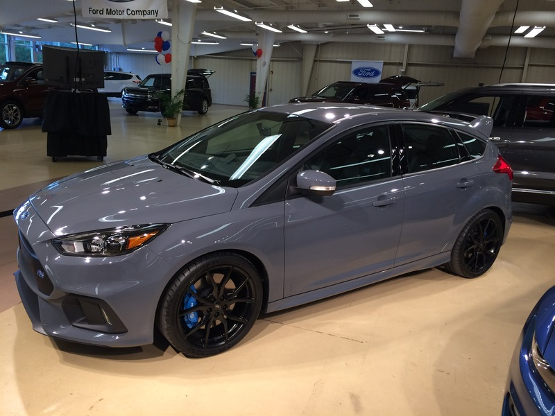 Art Of Gears Staff Writer Kelly G Takes Delivery His New 2016 Ford Focus Rs And He Gives Us A First Hand Account Break In Secrets What It S