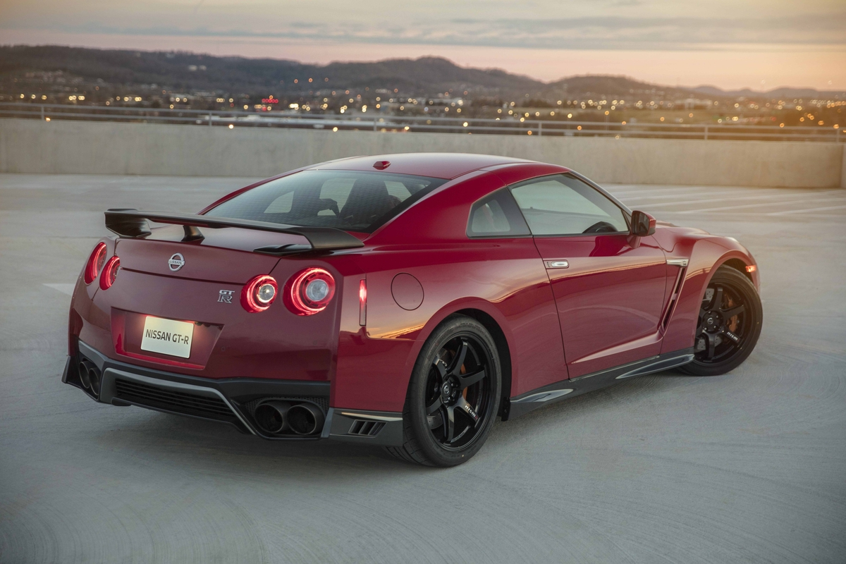 2017 Nissan GT-R track Edition Will Debut At The NY Auto Show