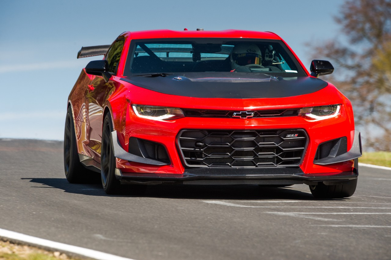 2018 Chevrolet Camaro ZL1 1LE Sets Lap Record At The ...