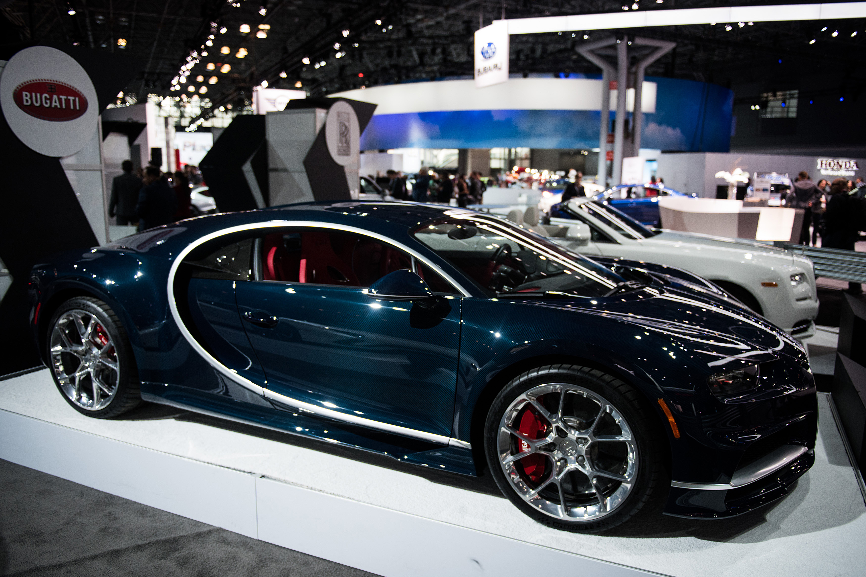 Bugatti chiron and its ugly us spec rear bumpers for Craft fair nyc 2017